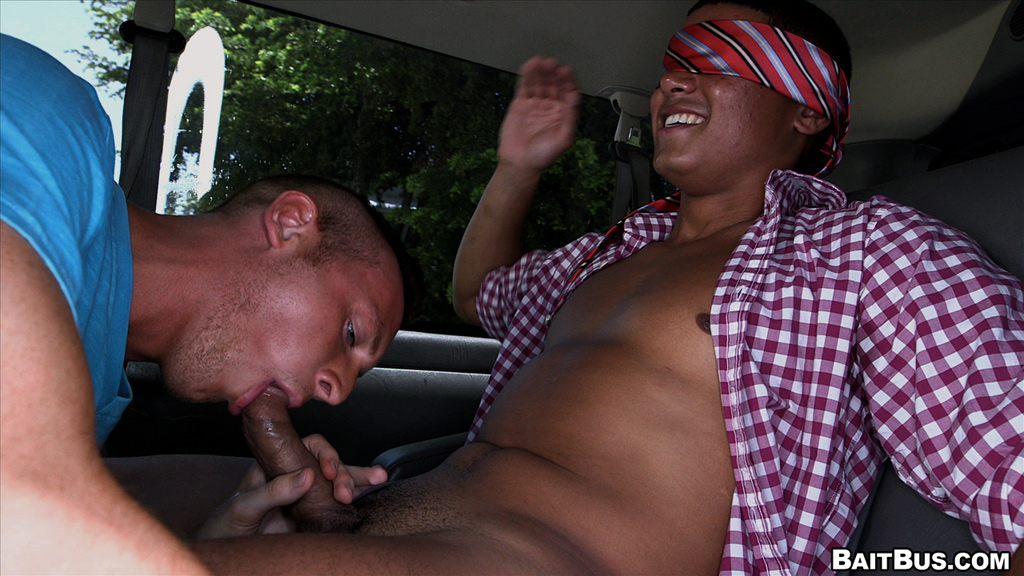 dorm gay baitbus